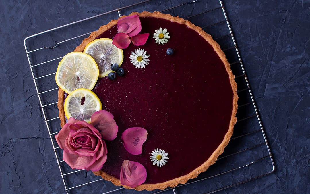 How To Make Pie And Tart Art That Will Impress Anyone's Grandmother