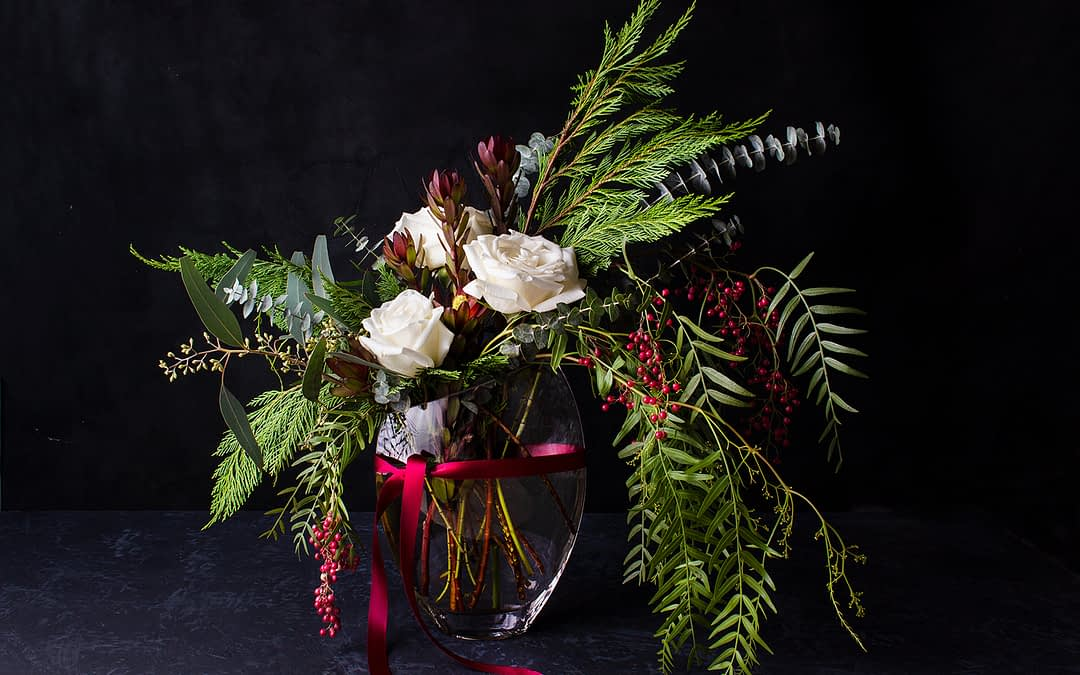 How To Make Calming Holiday Centerpieces